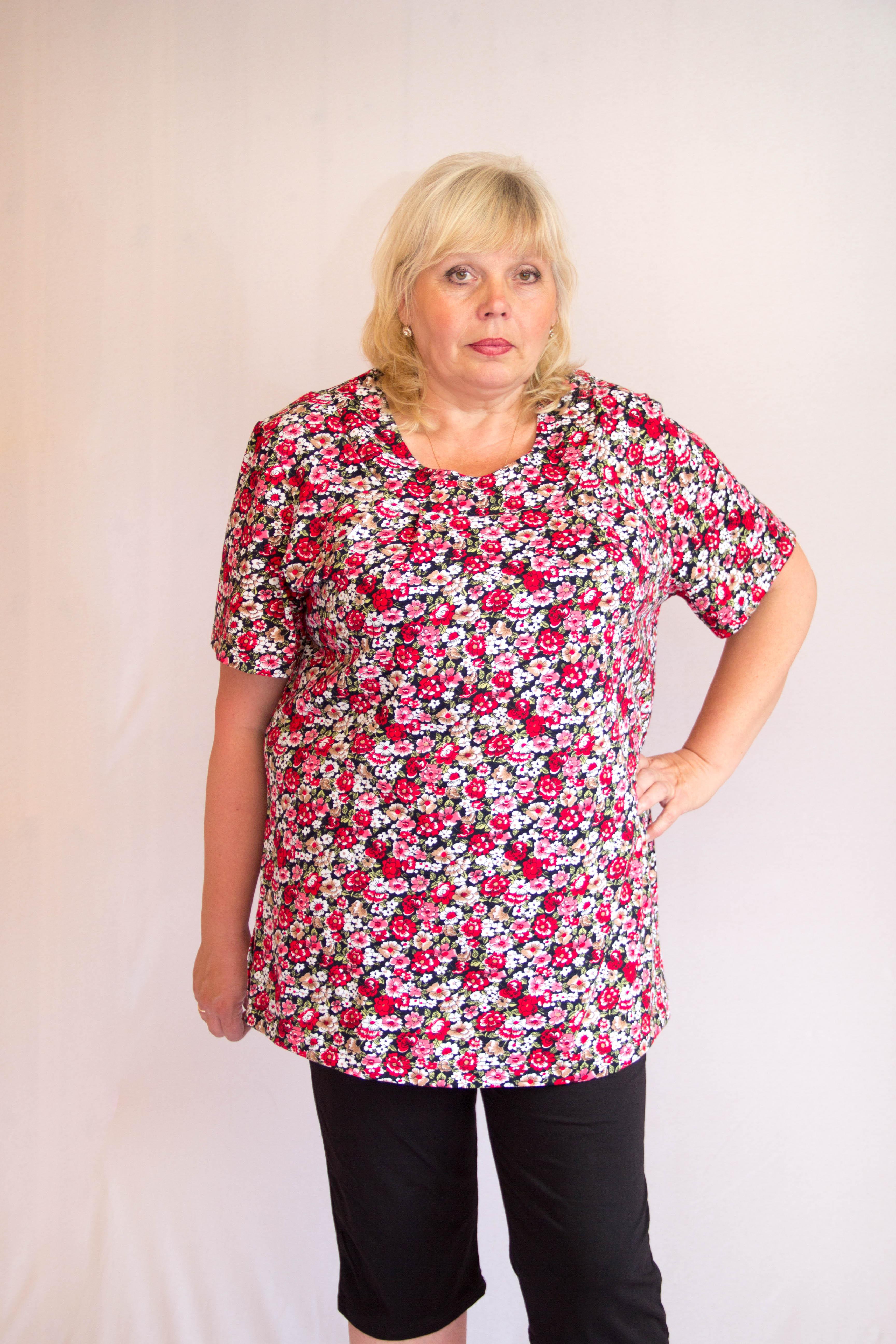 Изображение: Блуза с кокеткой спереди