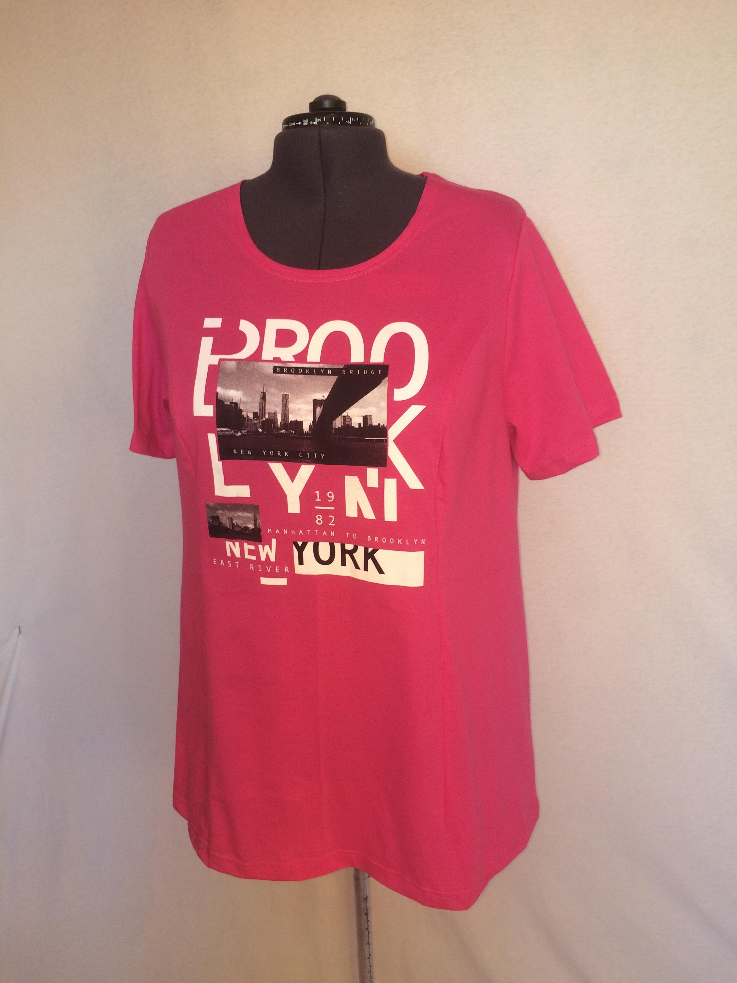 Изображение: футболка женская с  принтом